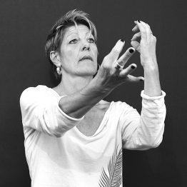 Annett Walter lehrt Kontaktimprovisation an der CDSH – Contemporary Dance School Hamburg